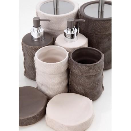 Set accessori bagno ceramica effetto tessuto morbido sacco feridras brico casa - Accessori bagno in ceramica ...